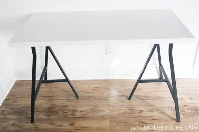 Build Your Own Modern Sleek Desk For As Low 26 Like This Pretty